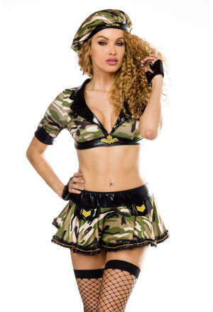 Great costume female soldier