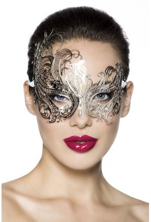 Extraordinary glamour mask with rhinestones