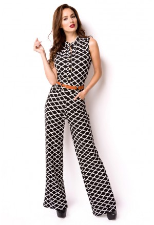 Elegant ladies jumpsuit with belt