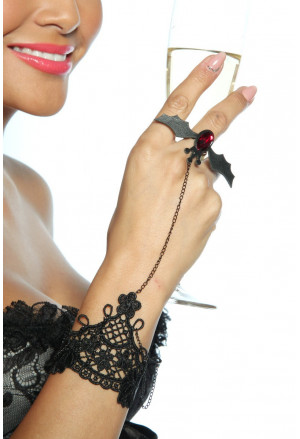Extravagant gothic bracelet