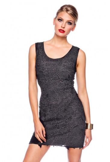 Čierne čipkované koktejlové šaty