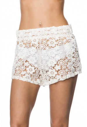 White lace crochet short pants