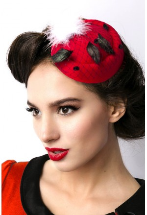 Red retro vintage mini hut fascinator