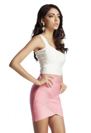 Short mini bandage skirt in pink
