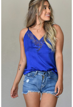 Modern summer top with lace
