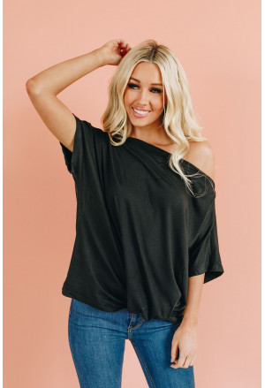 Off-The-Shoulder Casual Loose Fitting Top